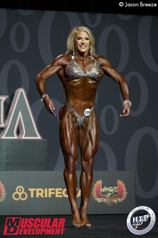 Fitness Olympia: Whitney Jones