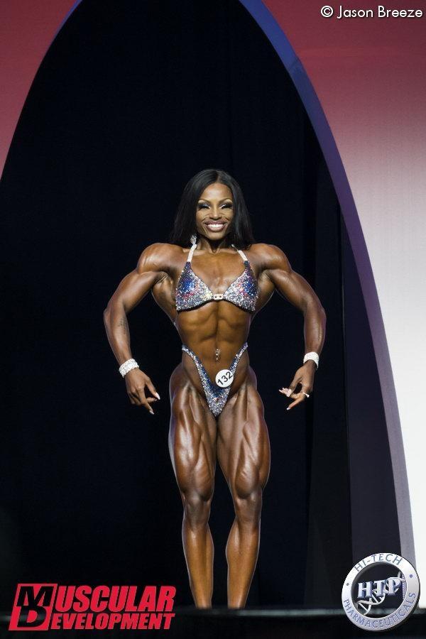 Figure Olympia: Cydney Gillon