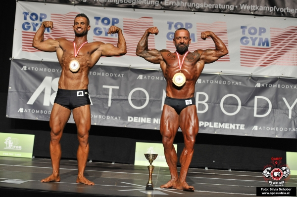 Top Clicked Foto: Heute  Miso Rakita (70, AUT) und  Saaid Al-Kaaby (49, AUT), Men´s Classic Physique - Masters (35 years and over) - Open Class